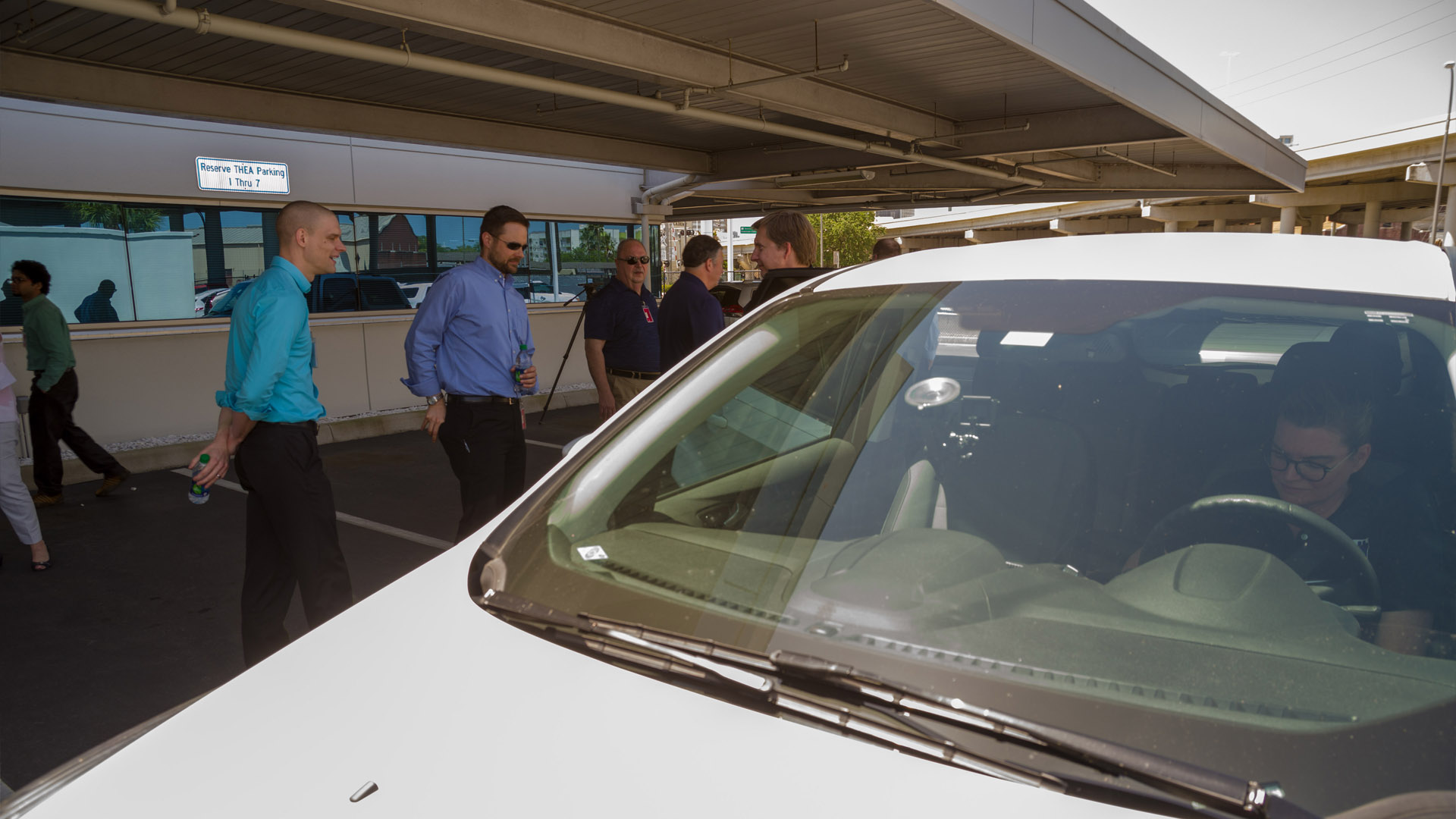 Global-5 hosts state transportation officials at connected vehicle demonstration